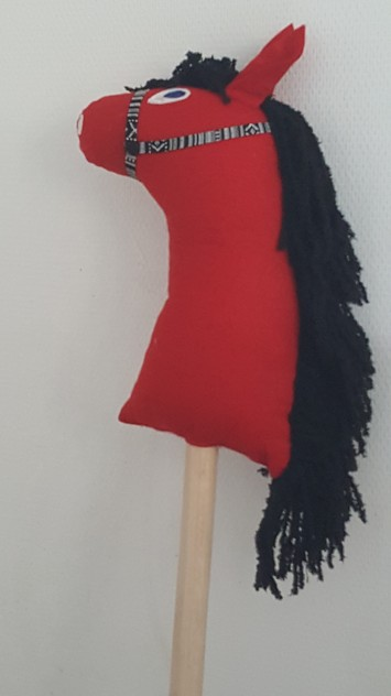 Cheval rouge 3